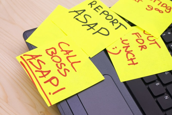 paper-sticky-notes-at-work