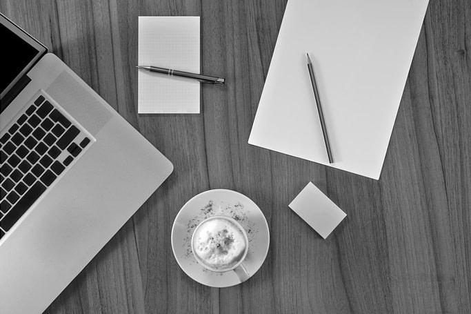 tidy-desk-picture-clean